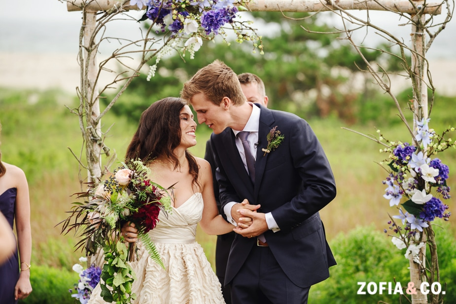 outdoor nantucket wedding photography Zofia and Company