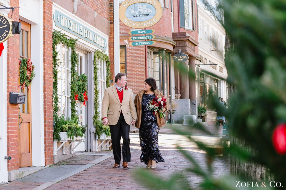 Nantucket Wedding Elopement at Brant Point during Christmas Stroll by Zofia and Co. Photography